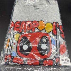 Marvel Comics Deadpool Thirty Gray T-Shirt Mens M